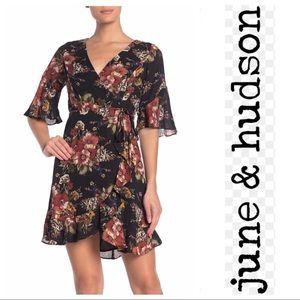 June & Hudson Black Orng Floral Wrap Dress Petit